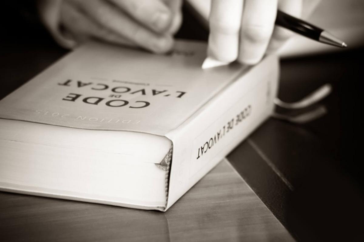 FONCTIONS PUBLIQUES: SANCTIONS DISCIPLINAIRES POUR LES TITULAIRES