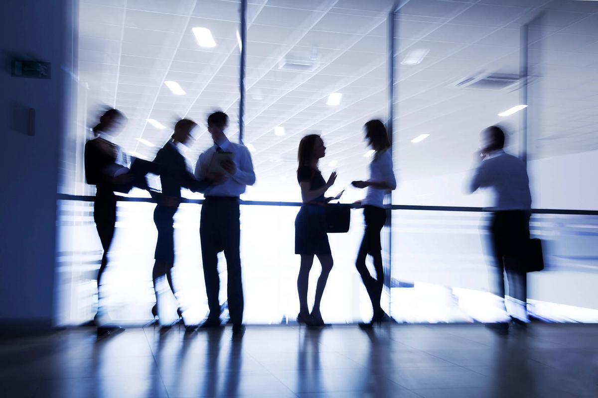Agent contractuel de droit public: suppression d'emploi sous surveillance